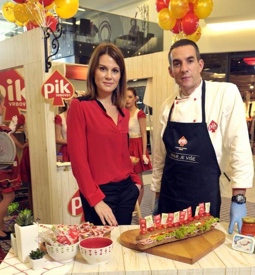 PIK šunke i Maja Nikolic